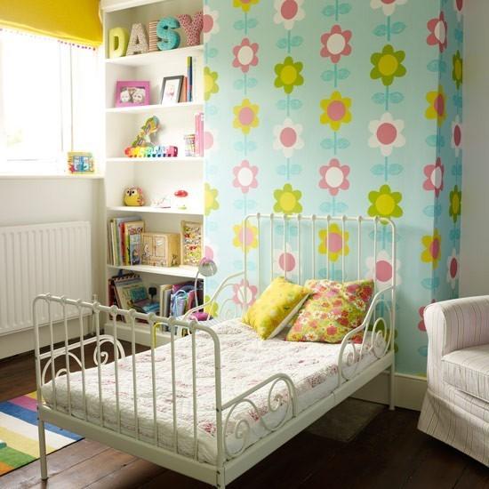田园风格 儿童房花朵墙纸装饰图