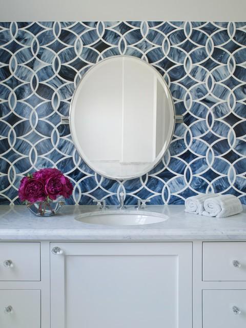 波普风混搭洗手台 蓝色动感背景墙设计
