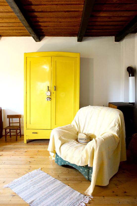 创意黄色柜子设计效果图