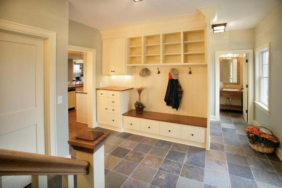 一居室家裝進門玄關鞋柜設計裝修效果圖_裝修百科