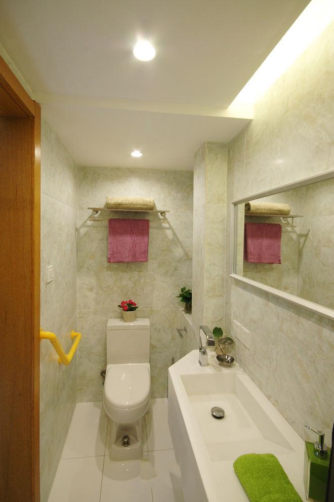 簡潔清新日式小衛生間裝飾圖