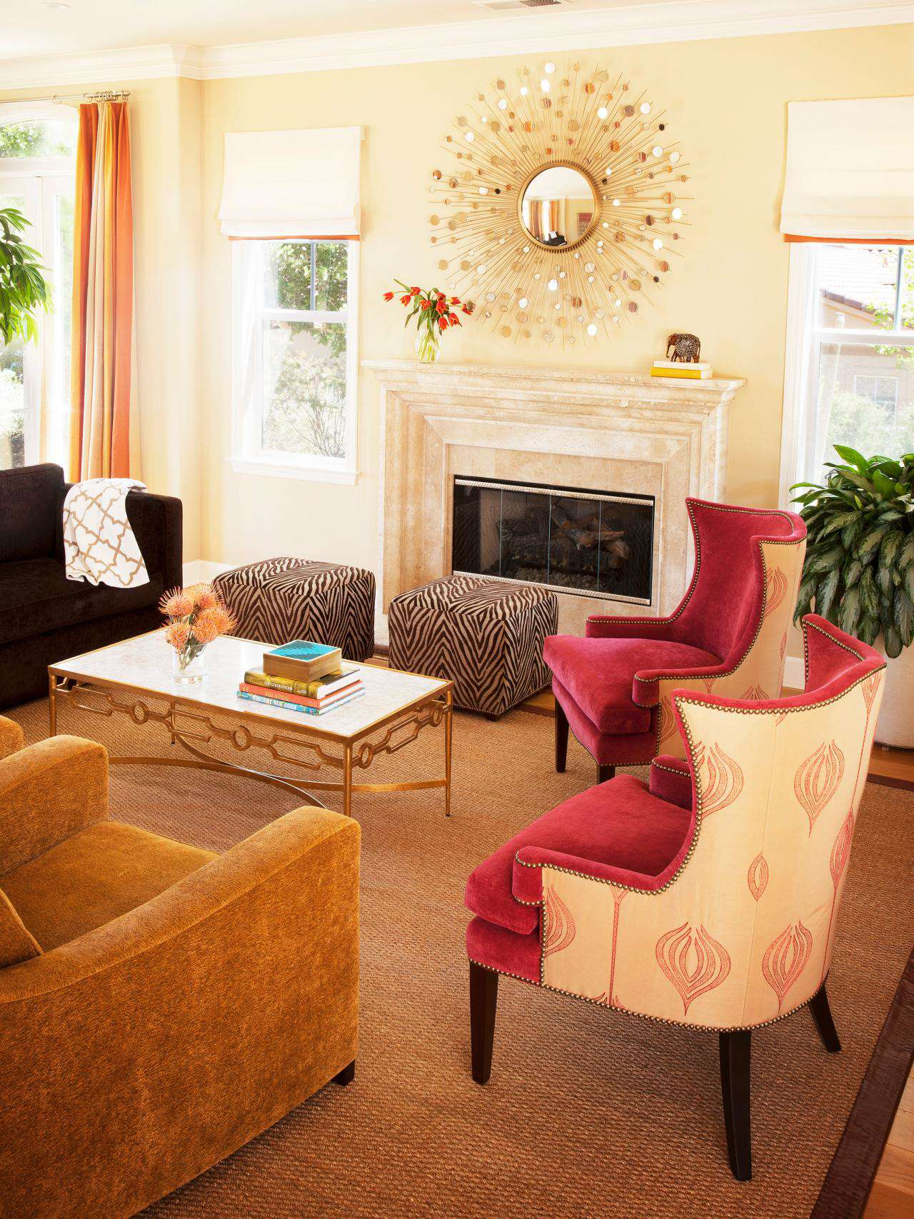 美式風格客廳背景墻裝潢圖