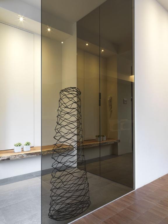 日式風格玄關玻璃隔斷設計