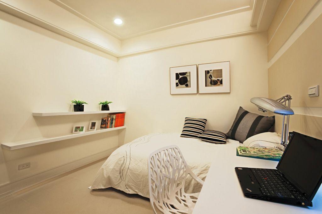 装修百科 装修效果图 装修美图 时尚简约卧室墙面置物架设计 时尚简约