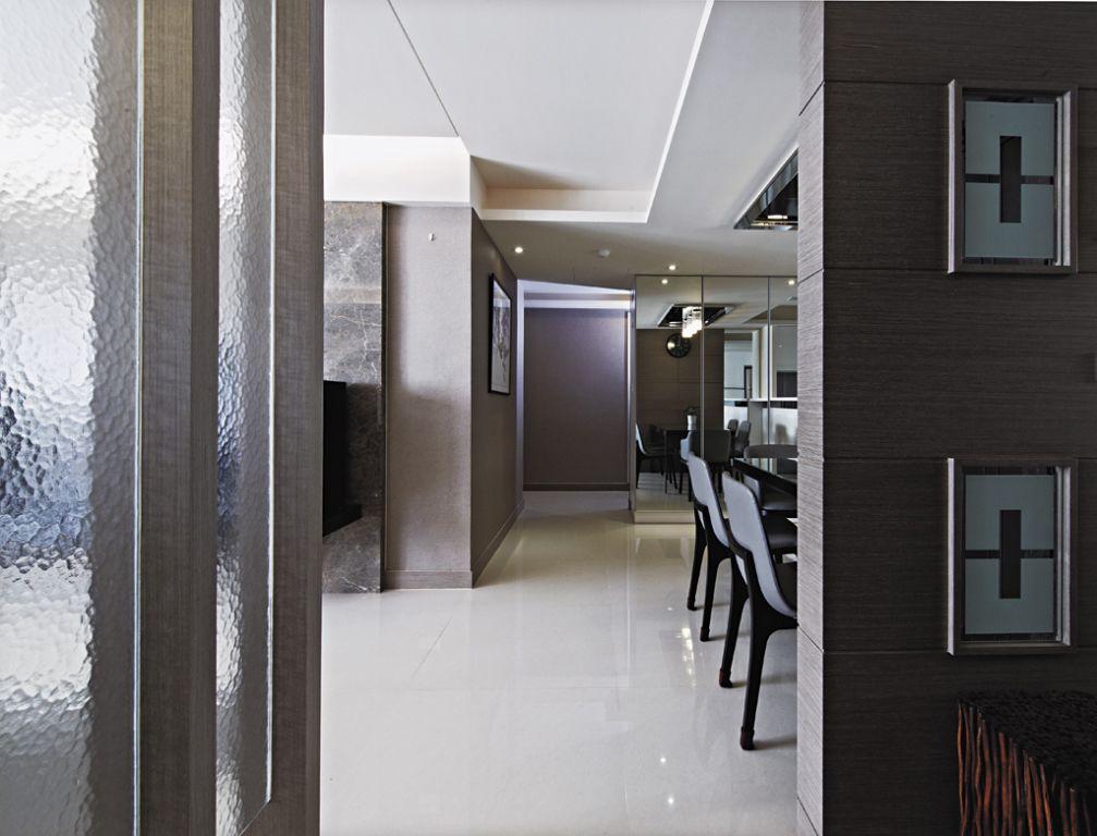 现代三居室内过道吊顶设计_装修百科
