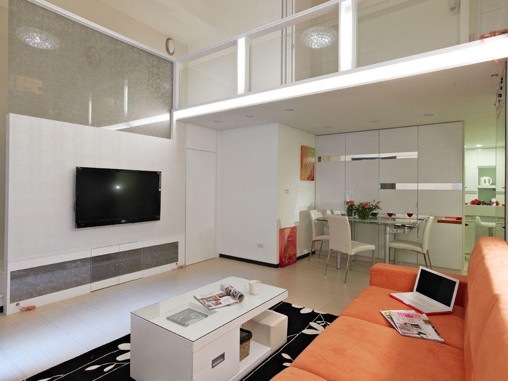 明亮简约复式客厅背景墙设计_装修百科