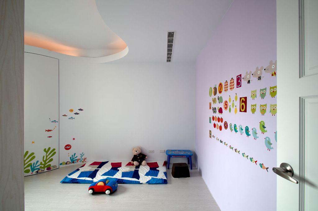 唯美可爱简约 儿童房彩绘墙设计_装修百科
