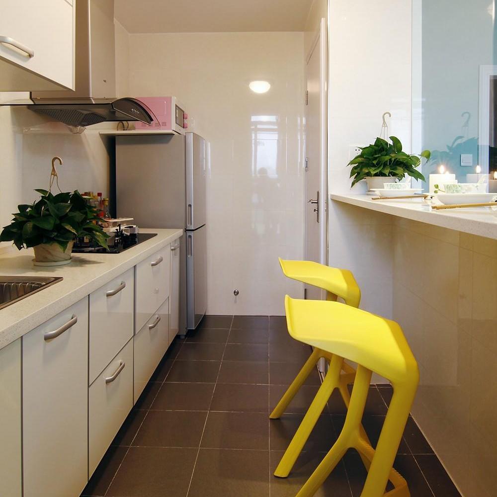 装修百科 装修效果图 装修美图 自然田园风厨房吧台椅装饰图 自然田园