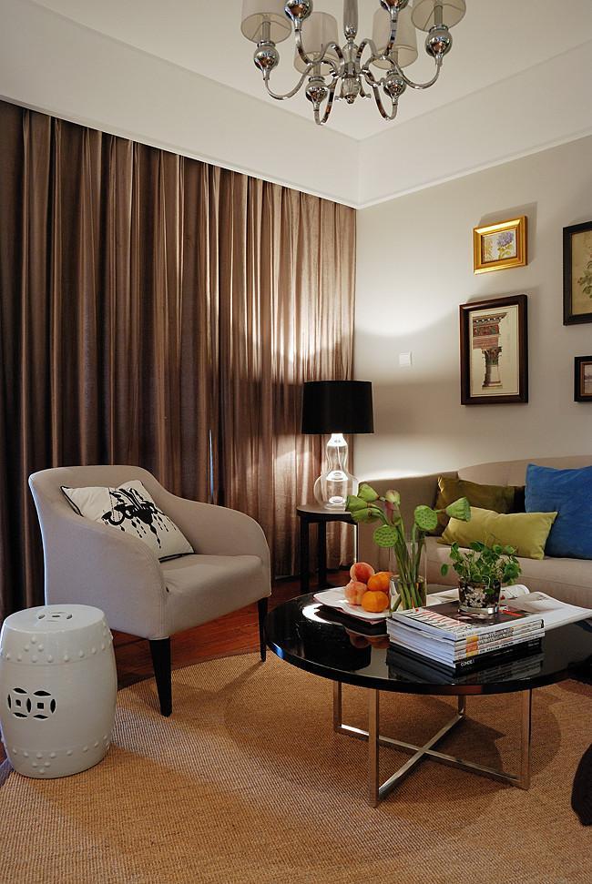 簡約裝修客廳窗簾效果圖