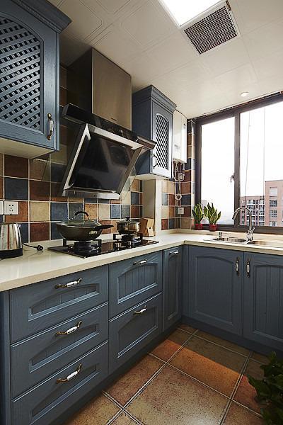美式廚房烤漆櫥柜設計圖