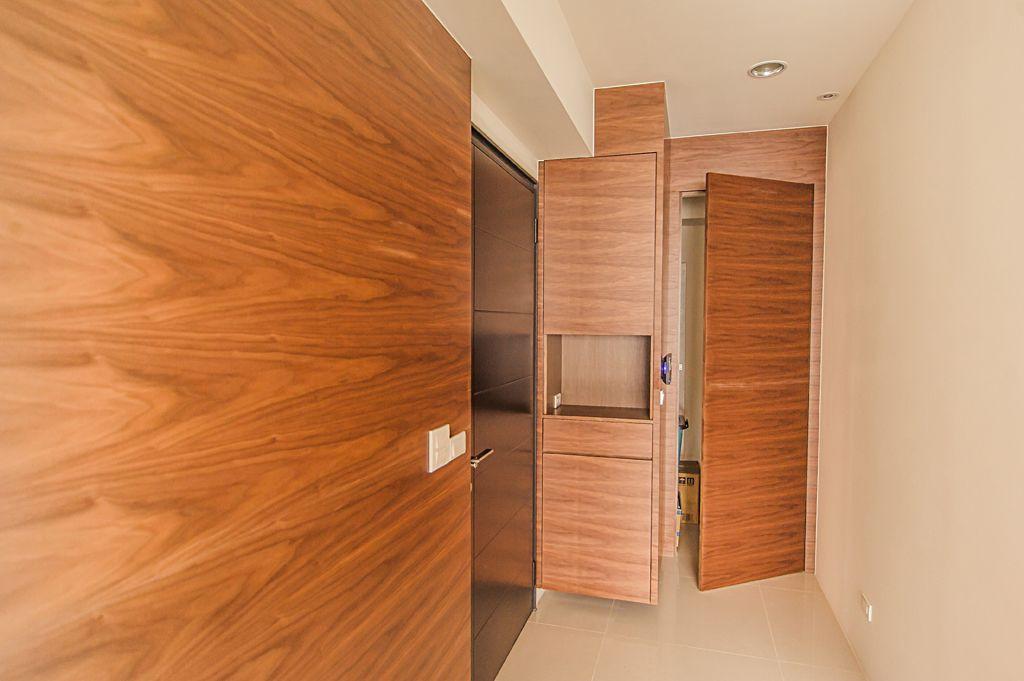 装修百科 装修效果图 装修美图 美式风格 进门玄关实木柜子设计 美式