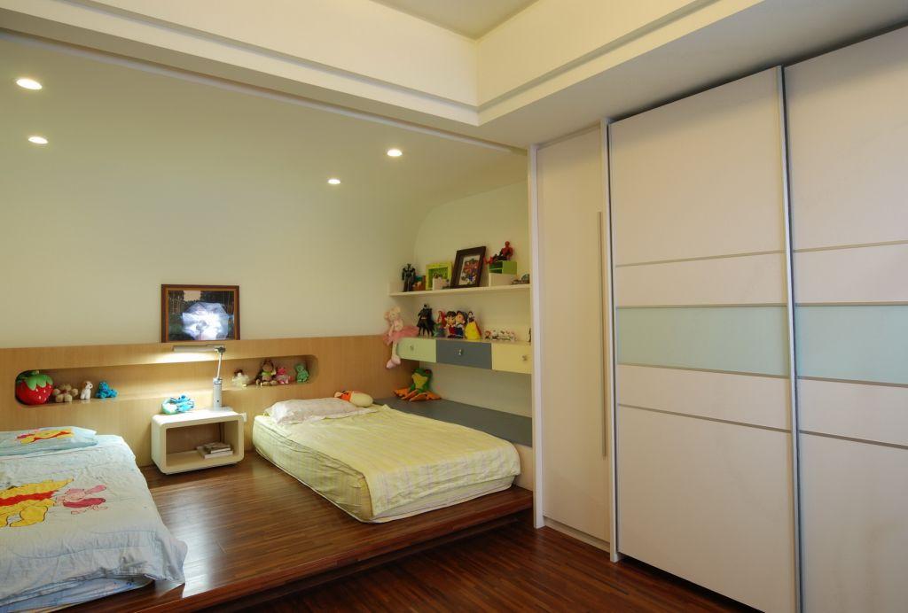 現代家居兒童房 榻榻米小床設計