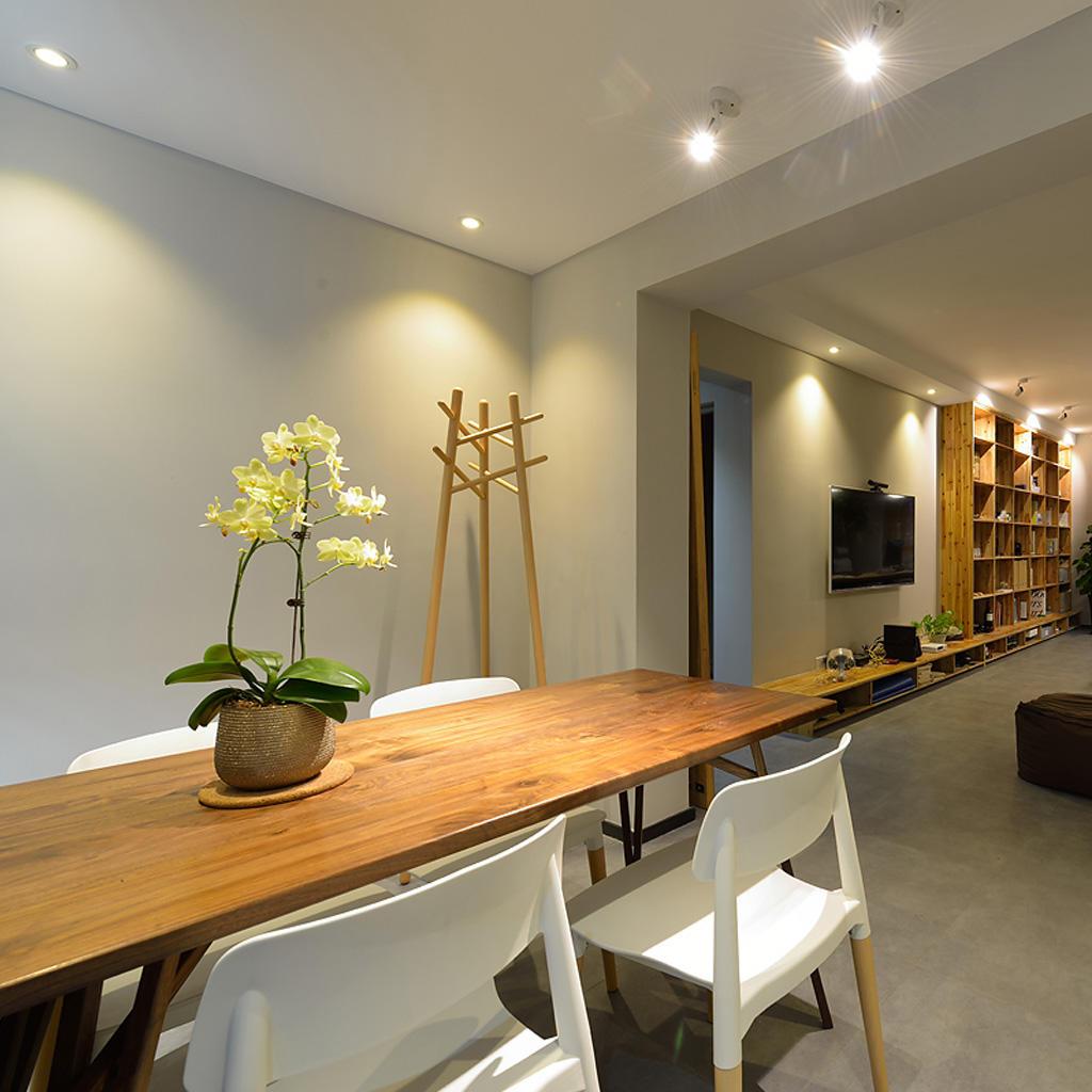 装修效果图 装修美图 混搭装修餐厅实木餐桌设计