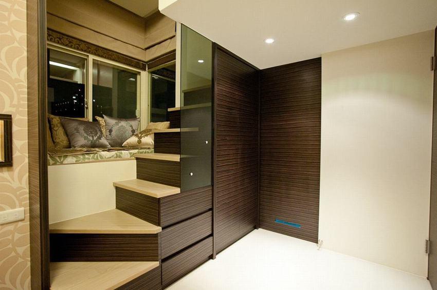 简约创意设计楼梯间的飘窗