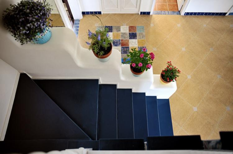地中海風格復式樓梯設計
