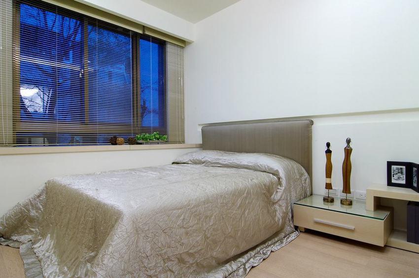 简约风格一居卧室装修图片