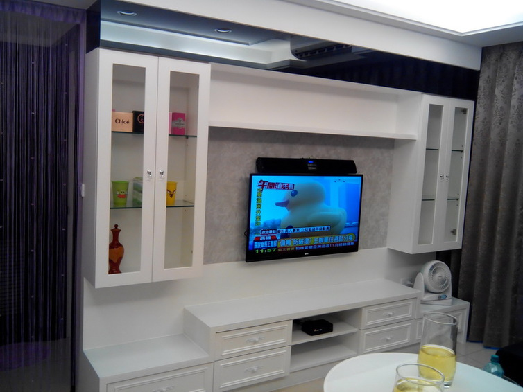 簡約時尚客廳電視柜設計
