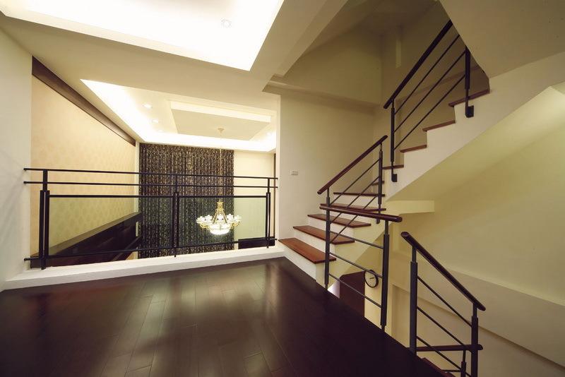 現代設計復式樓梯效果圖