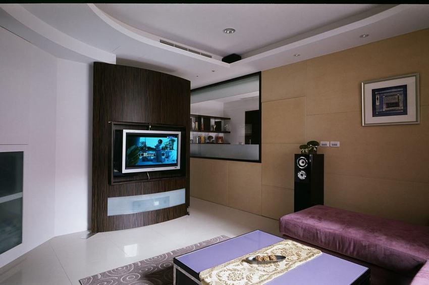 现代客厅创意电视背景墙设计