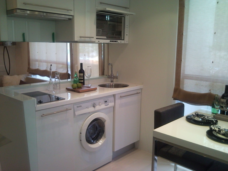簡約單身公寓小廚房設計