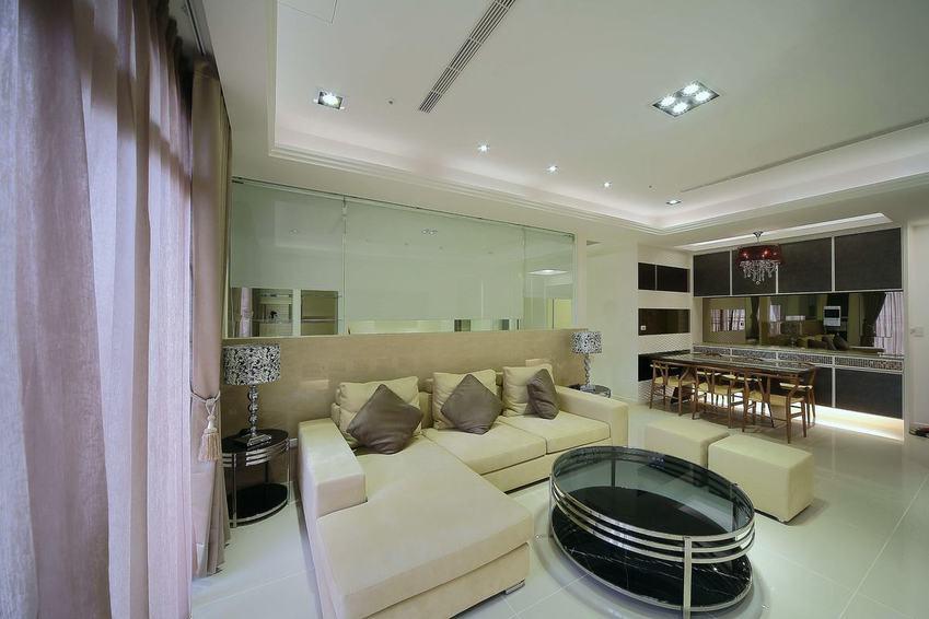 現代日式客廳吊頂效果圖