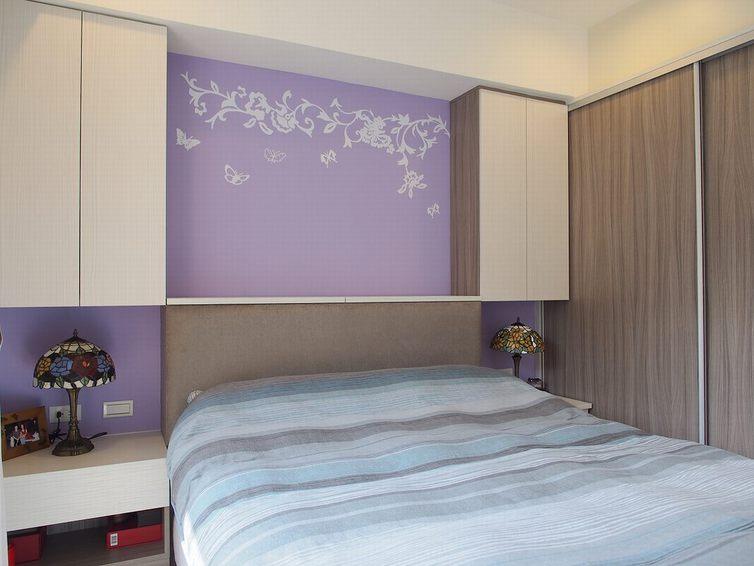 装修百科 装修效果图 装修美图 紫色唯美简约 卧室床头吊柜设计 紫色
