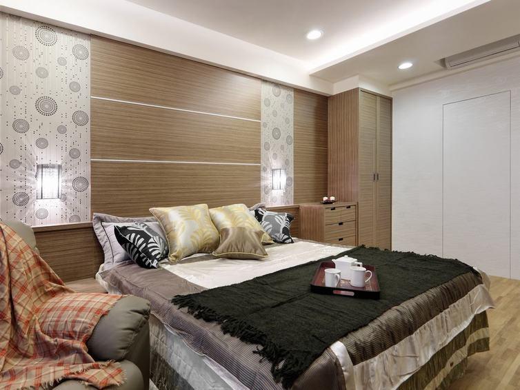 现代卧室实木背景墙设计_装修百科
