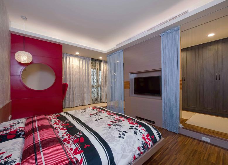 装修百科 装修效果图 装修美图 现代时尚卧室纱帘隔断装饰图 现代时尚
