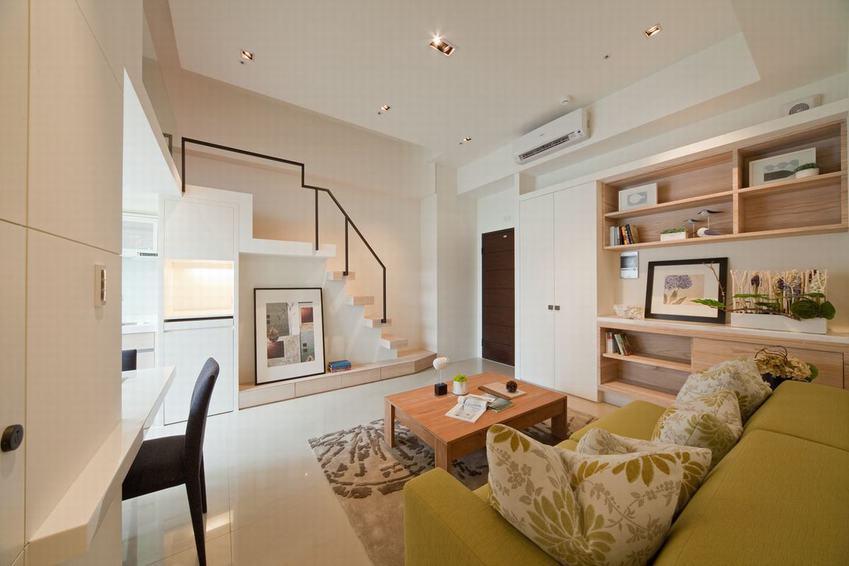 日式簡約復式客廳裝修圖
