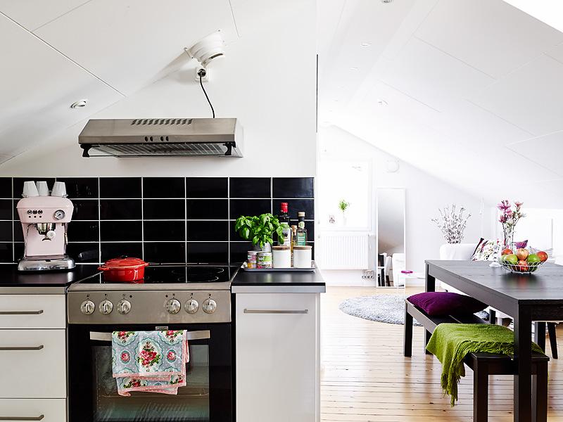 黑白北欧风 马赛克厨房设计