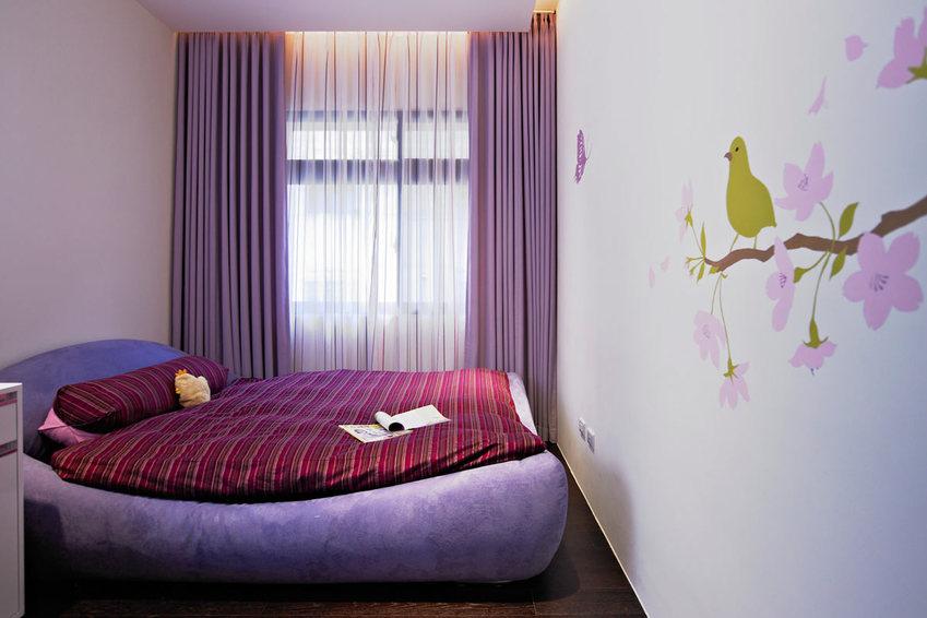 紫色优雅后现代风卧室效果图