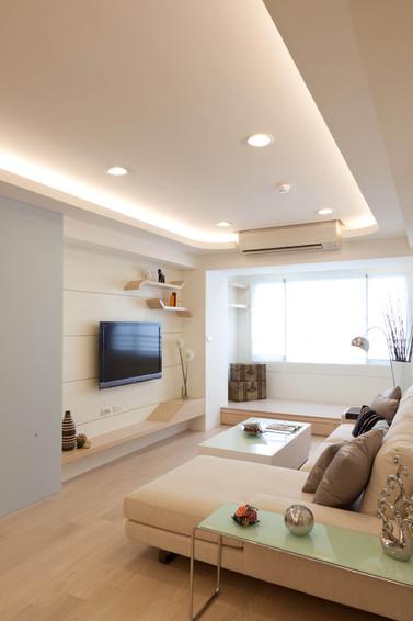 米白色简约两室两厅装潢图