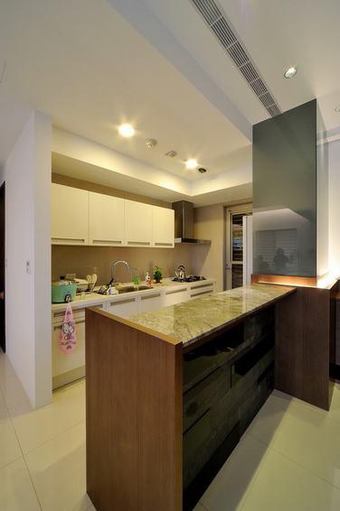 簡約現代廚房吧臺設計