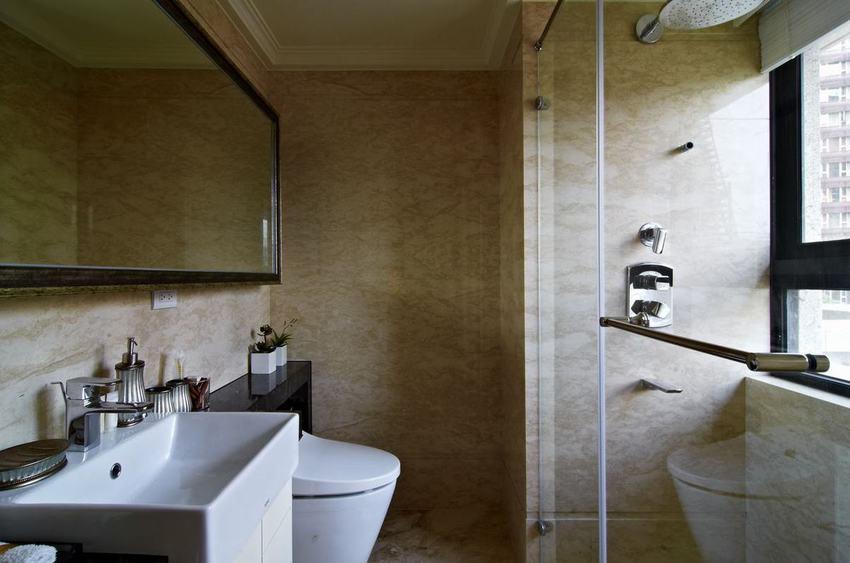 新古典裝修衛生間隔斷設計