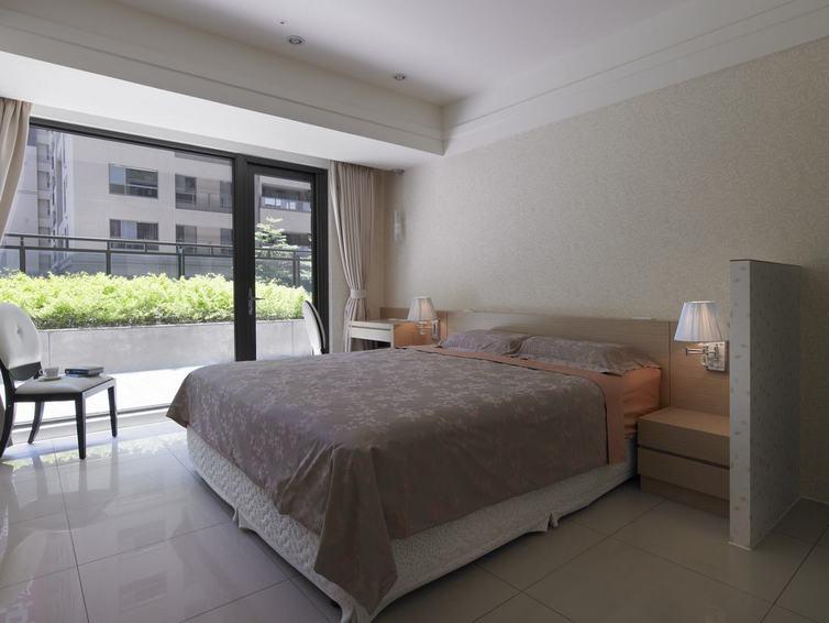现代时尚装修卧室落地窗设计