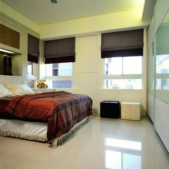 简约现代卧室窗户设计