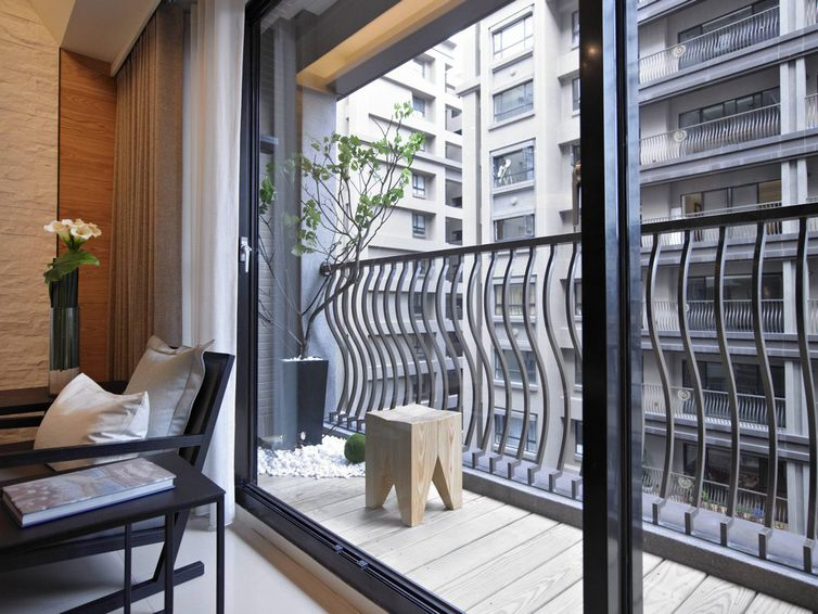 宜家风格阳台隔断装修设计