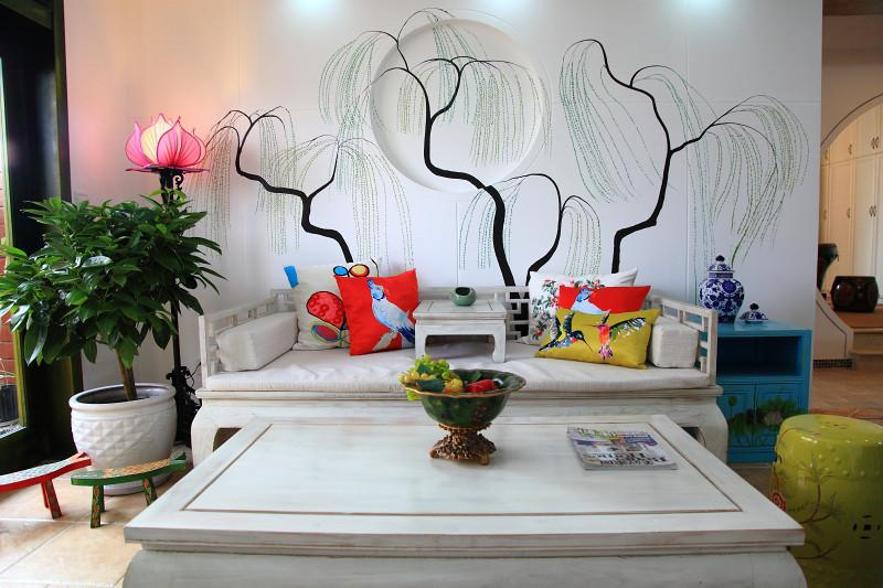 简中式现代混搭风格客厅手绘墙设计_装修百科