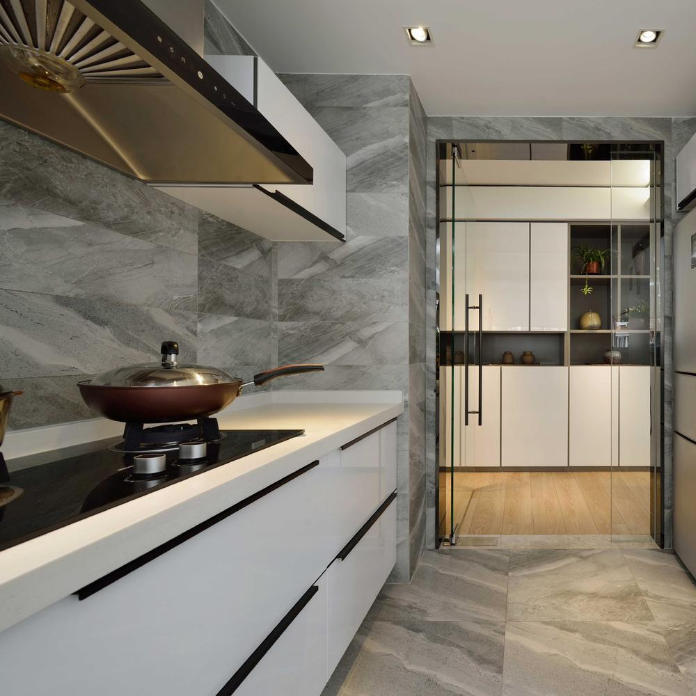 時尚現代設計裝修大理石廚房玻璃門裝飾效果圖
