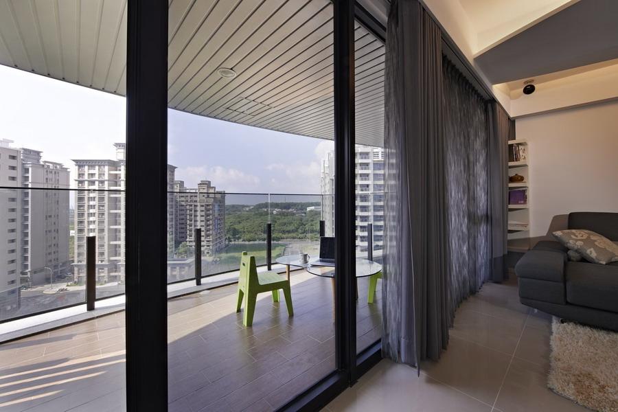 现代家居阳台隔断设计