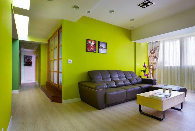 清新绿色简约客厅真皮沙发布置效果图_装修百科