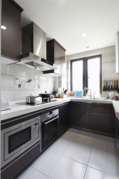 时尚现代风厨房 U型橱柜效果图