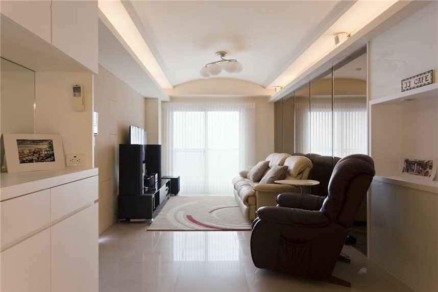 現代簡約客廳吊頂效果圖