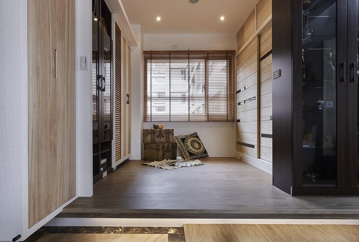 休閑復古美式 休閑區窗戶設計