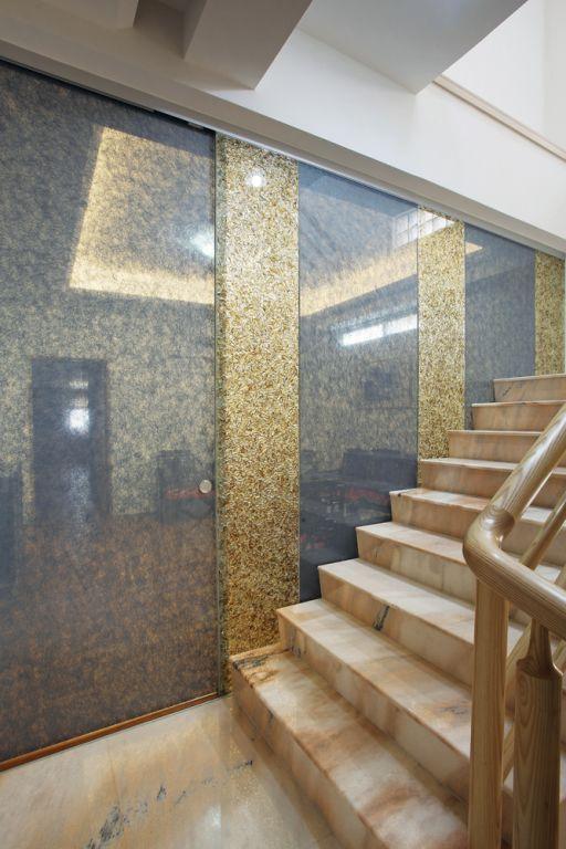 大气高端欧式别墅楼梯背景墙设计_装修百科