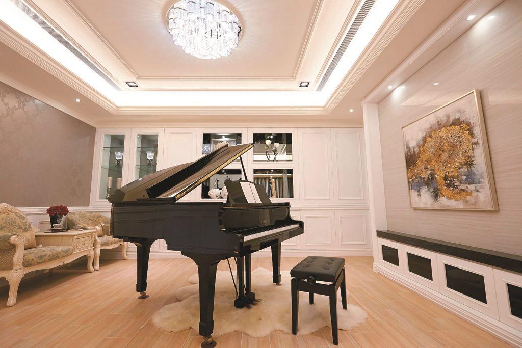 美式設計風格別墅鋼琴房裝修效果圖