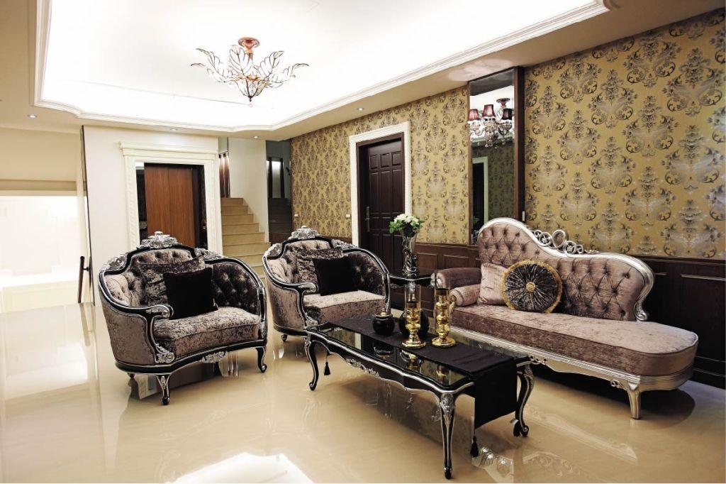 别墅客厅欧式古典沙发装饰效果图_装修百科