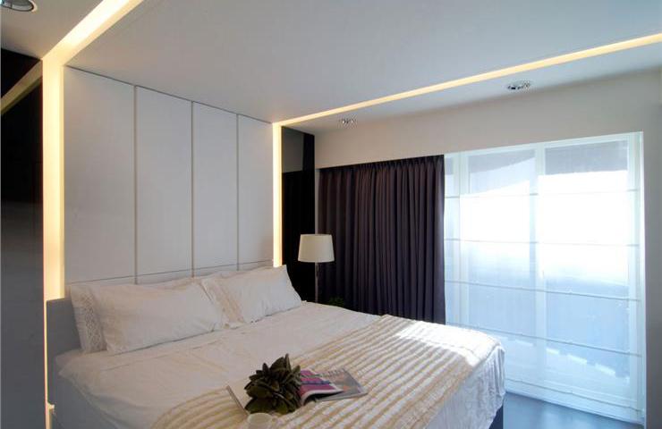 装修效果图 装修美图 时尚简约卧室窗帘配置图