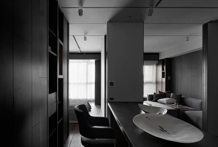 摩登黑色調后現代風書房設計