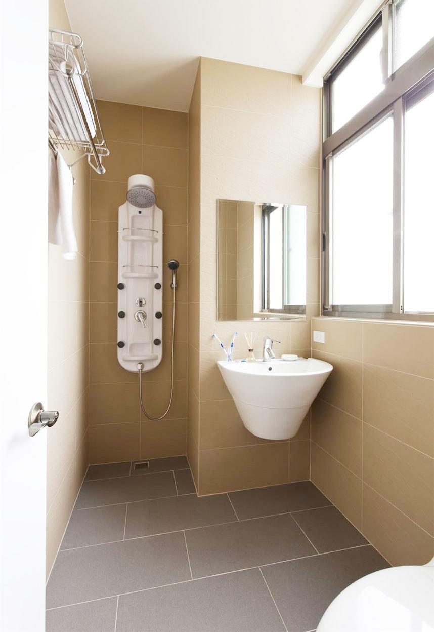 簡約時尚衛生間衛浴掛件安裝